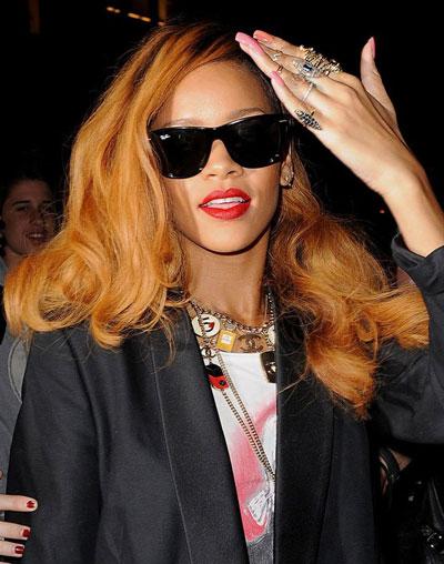 Rihanna-Glamour-2013