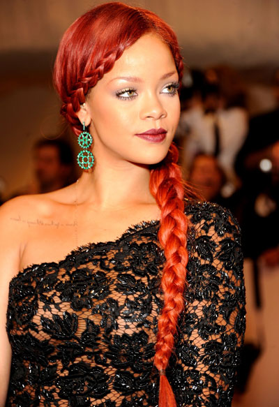 rihanna-acconciatura-evolution-coiffure