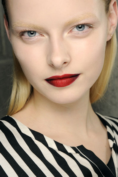 Tendenze-MAKE-UP-Autunno-Inverno-2013-2014-Kenneth-Cole