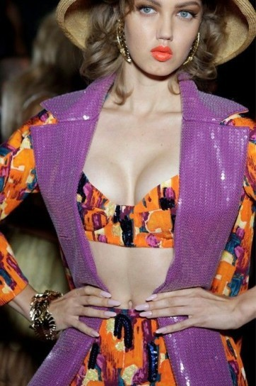dettagli-color-orchidea-nei-look-dsquared2